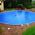 Schutzabdeckung für ein Pool