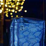 Tasche aus blauer Plane
