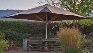 Sonnenschirm bespannen lassen